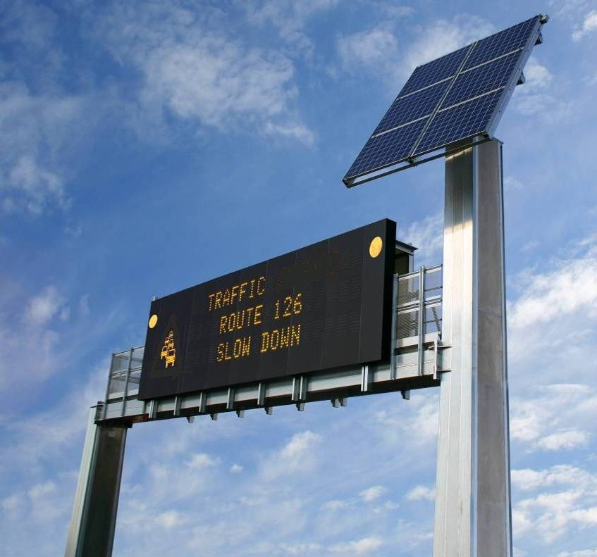 solar powered dynamic message signs
