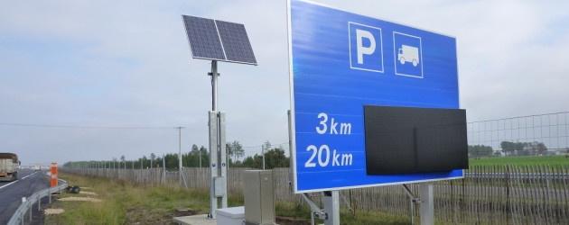 Truck Parking Signs.jpg